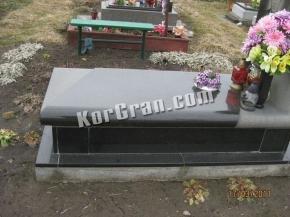 Надгробие N_40