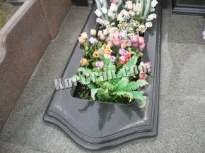 Надгробие N_9