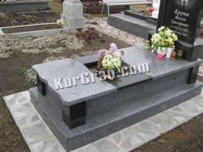 Надгробие N_19