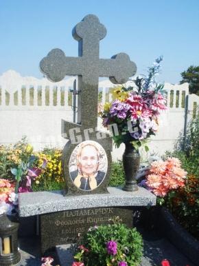 Гранитный крест K_739