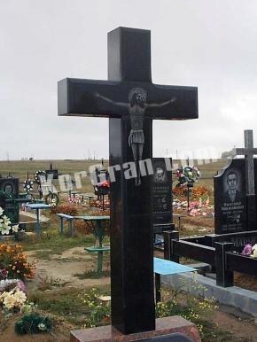 Гранитный крест K_745