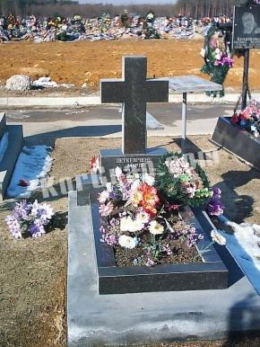 Гранитный крест K_754