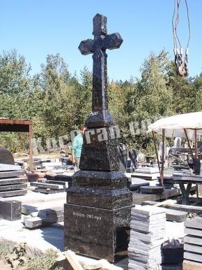 Гранитный крест K_766