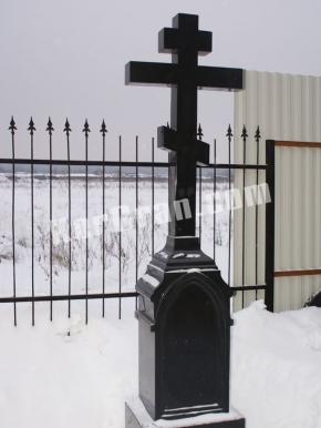 Гранитный крест K_774